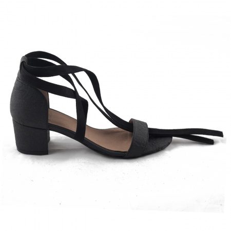 Woman vegan ankle strap sandals piñatex