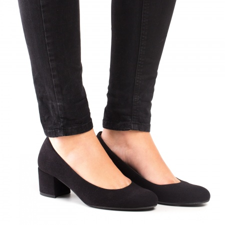 Vegan kitten heel shoes woman