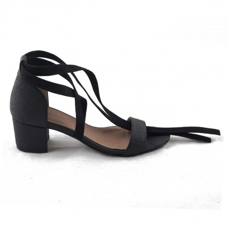 Clau Black Woman vegan ankle strap sandals block heel piñatex