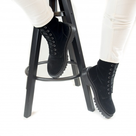 Velvet Black woman vegan boots