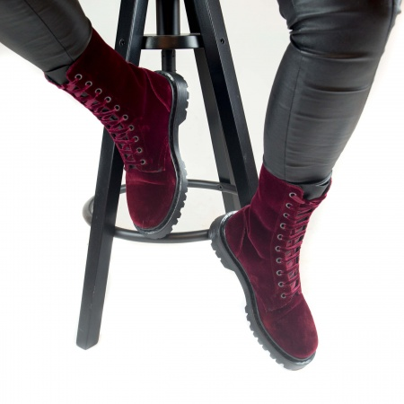 Velvet Bordeaux woman vegan boots