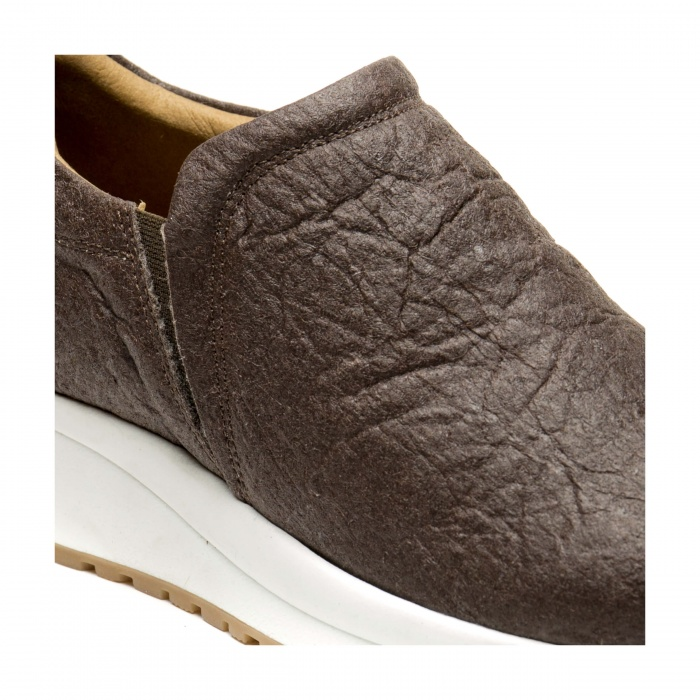 Veka Piñatex vegan sneakers man woman pineapple brown