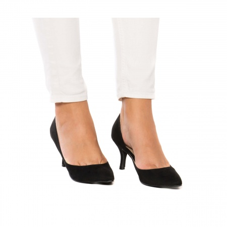 Nina Black woman vegan dorsay shoe